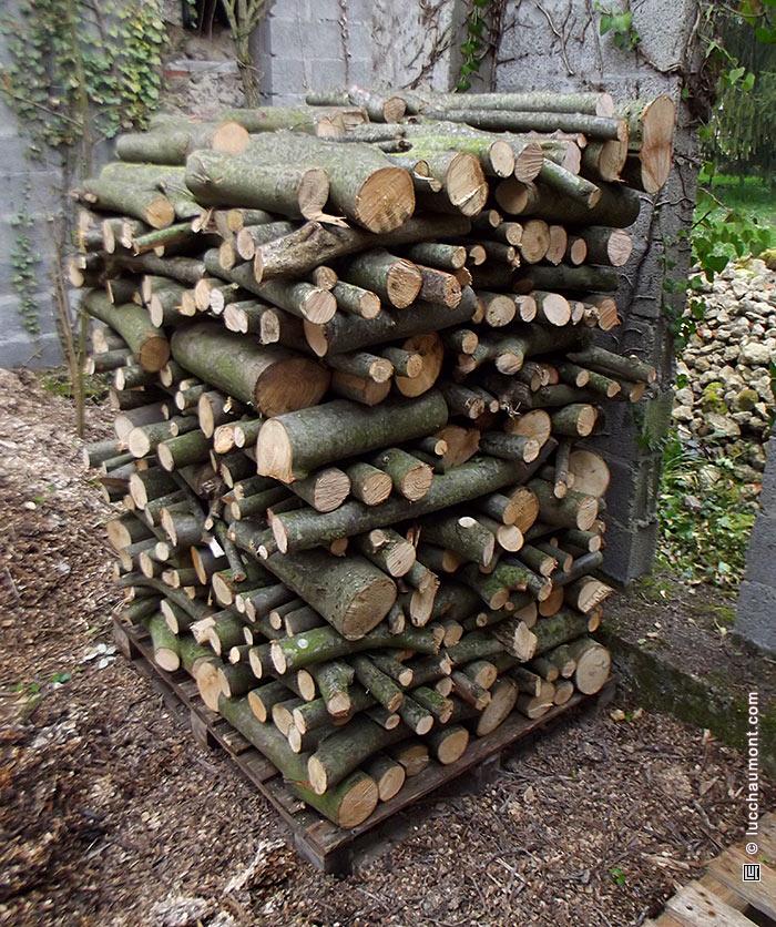 Pile de bois ronds